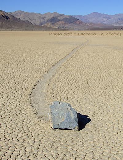 Moving rock wiki.jpg